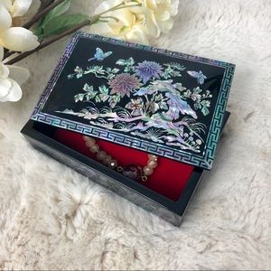 Vintage Mother of Pearl Small Jewelry Trinket Box